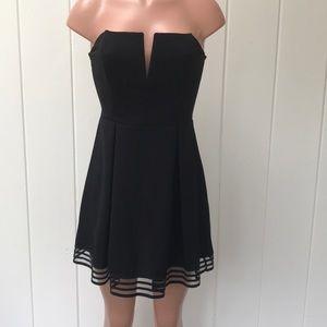 Strapless dress by Solemio
